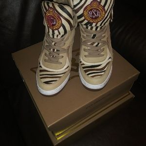 Women Ash Boots